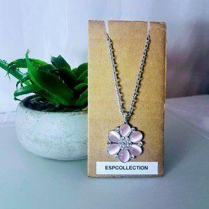 J31 Light Pink Flower Necklace